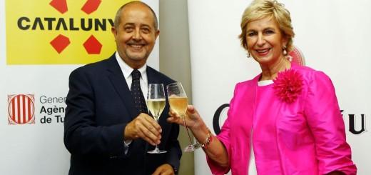 Firma de convenio entre la Agencia de Turisme de la Generalitat y Codorniu.