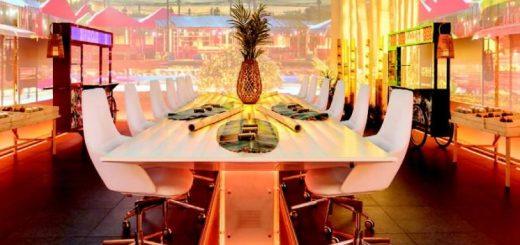 la-sala-se-puede-convertir-en-diferentes-ambientes-en-funcion-de-la-preparacion-de-los-platos-746x450